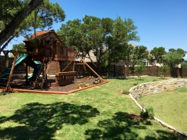 Playscape Hideaway